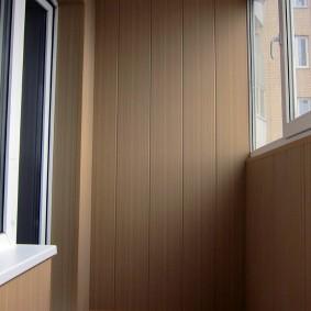 отделка балкона пластиковыми панелями идеи интерьер