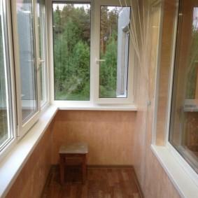 отделка балкона пластиковыми панелями фото вариантов