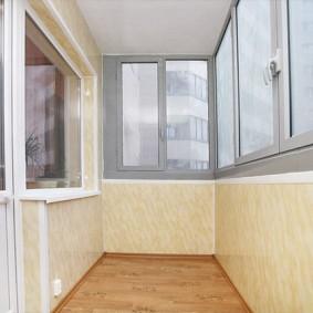 отделка балкона пластиковыми панелями оформление