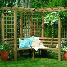 пергола в саду