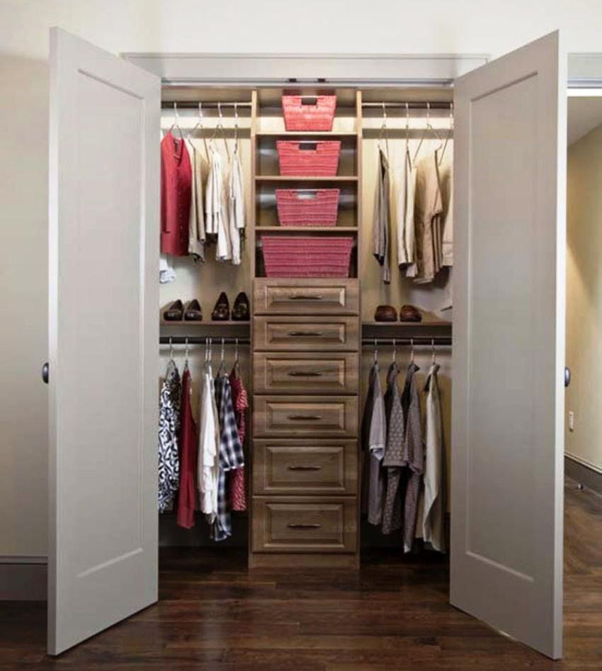 планировка гардеробной комнаты в прихожей