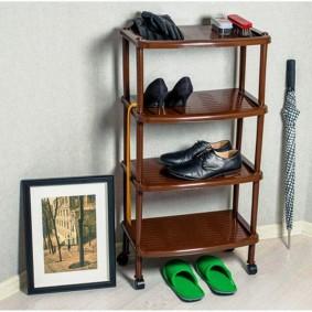 пластиковая этажерка для обуви