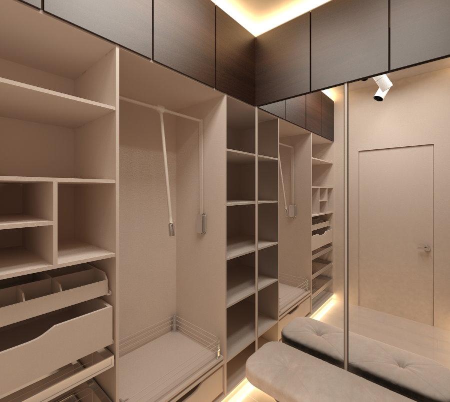 Полки из ДСП в гардеробной комнате с принудительной вентиляцией