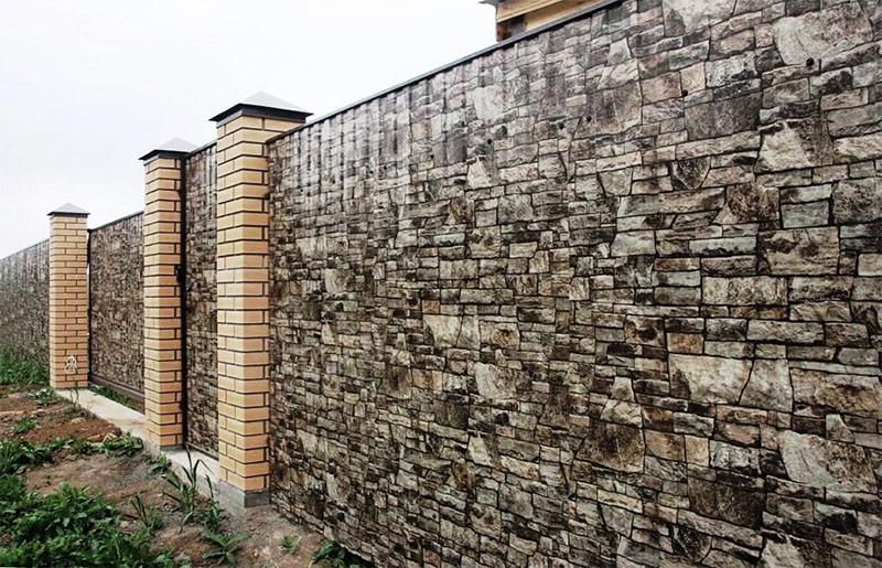 Забор из пролиста под натуральный камень