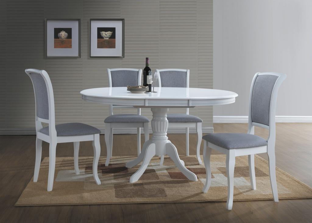 раскладной стол и стулья для гостиной