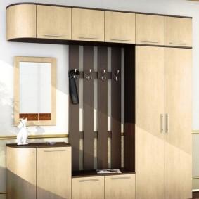 распашной шкаф в прихожую дизайн