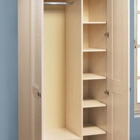 распашной шкаф в прихожую дизайн фото