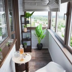 расширение балкона виды декора