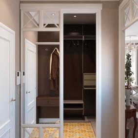 раздвижные двери в гардеробную декор фото