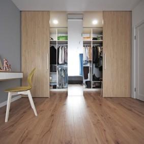 раздвижные двери в гардеробную фото интерьер