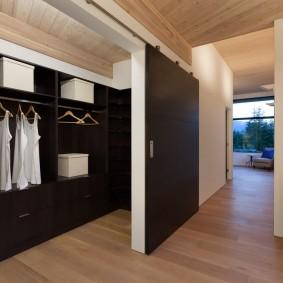 раздвижные двери в гардеробную виды оформления