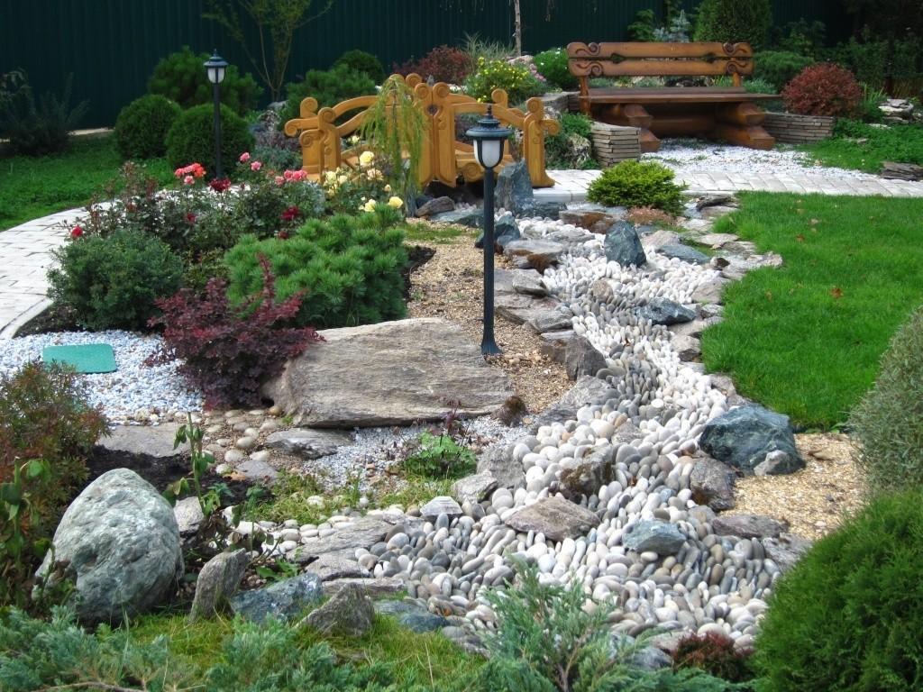 ручей из камней дизайн