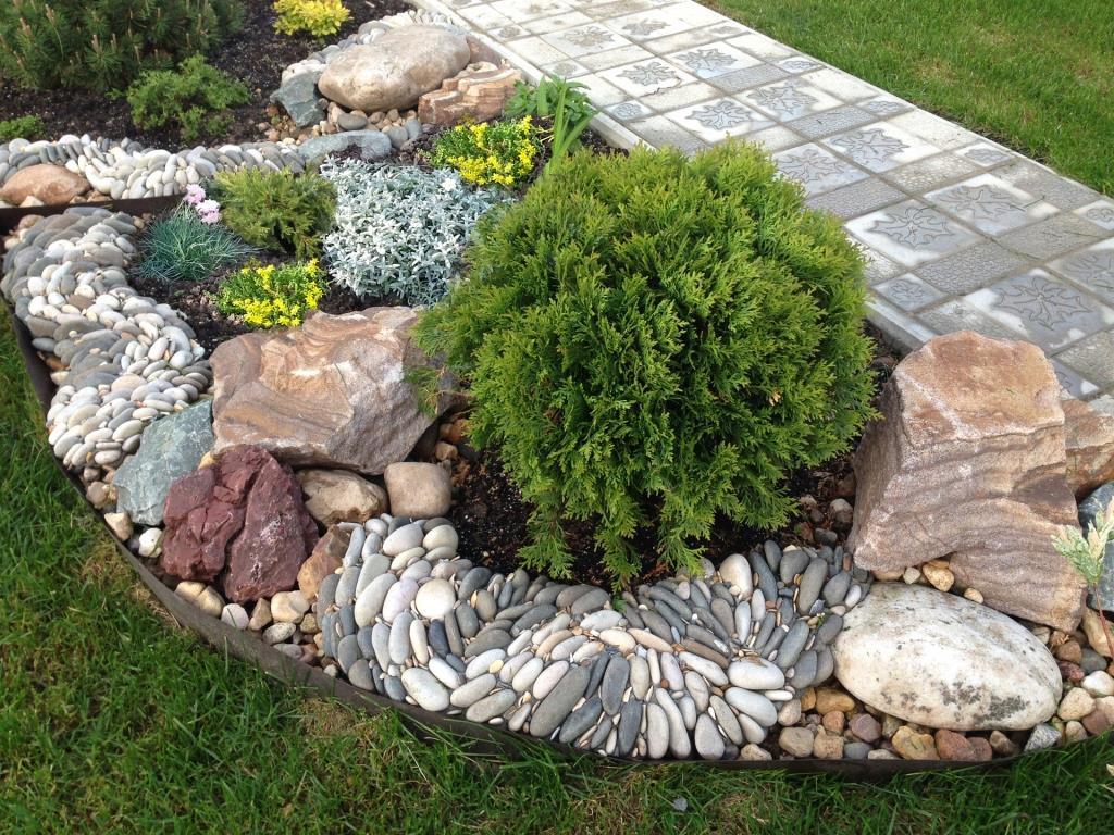 ручей из камней на даче