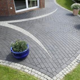 садовая плитка для дорожек фото декор