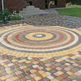 садовая плитка для дорожек мозаичная укладка