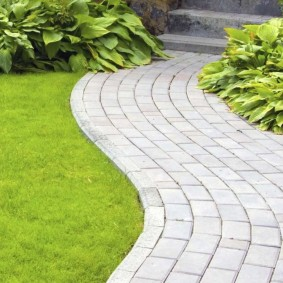 садовая плитка для дорожек виды дизайна