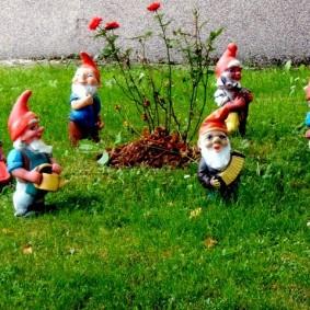 садовые фигуры для дачи фото вариантов