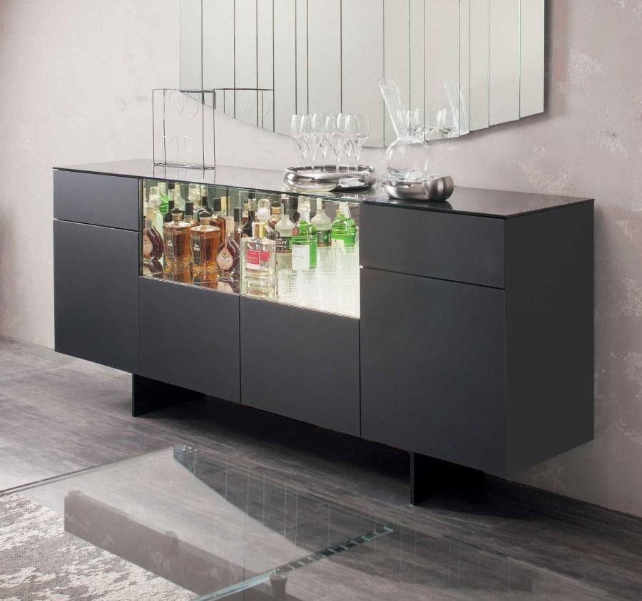 Тумба для хранения посуды в гостиной минималистического стиля