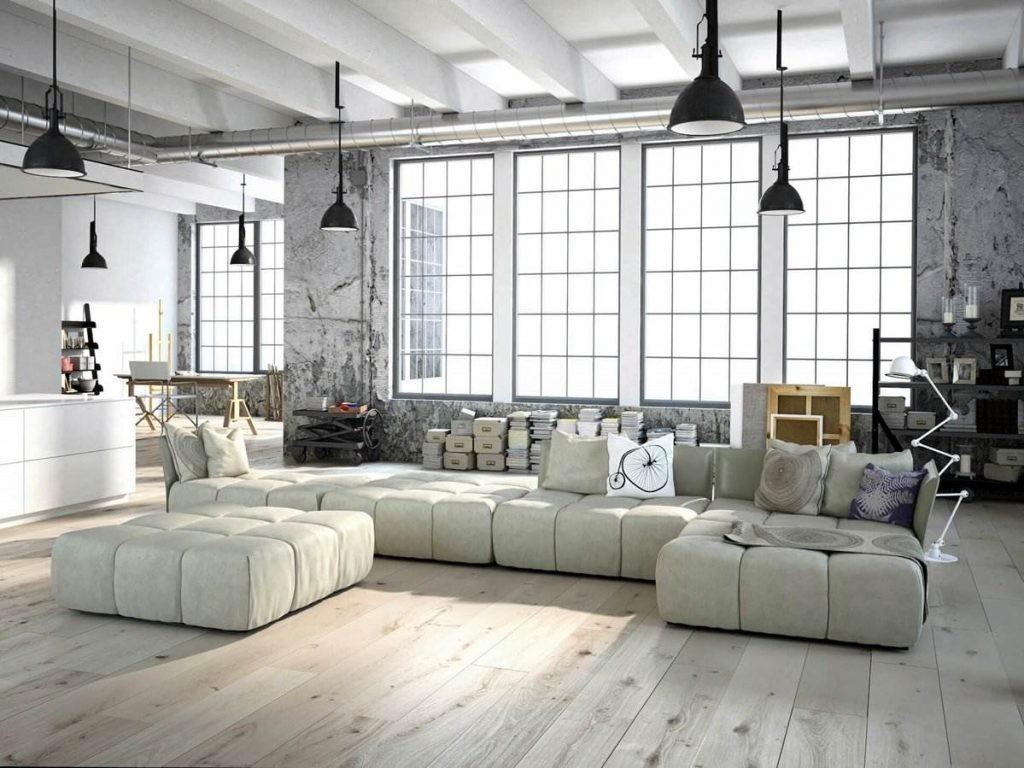 Мягкая мебель в гостиной комнате