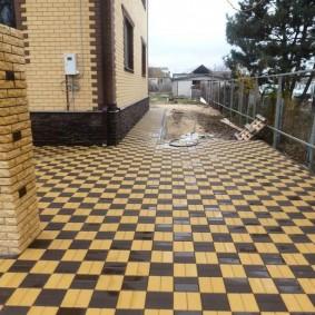 плитка для сада шахматный узор