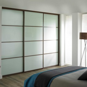 шкаф купе для спальни интерьер