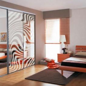 шкаф купе для спальни интерьер фото