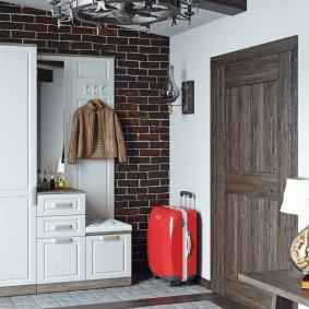 шкаф с распашными дверями в прихожую интерьер фото