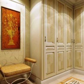 шкаф с распашными дверями в прихожую варианты фото