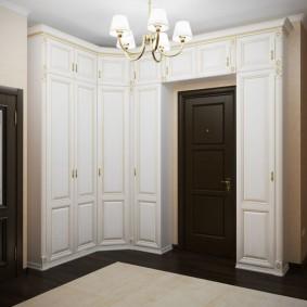 шкаф с распашными дверями в прихожую фото вариантов