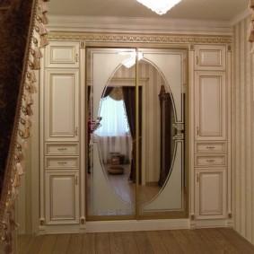 шкаф с распашными дверями в прихожую идеи варианты
