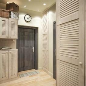 шкаф с распашными дверями в прихожую идеи фото