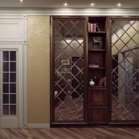 шкаф с распашными дверями в прихожую виды идеи