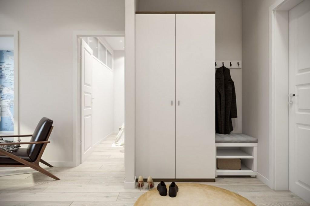 Двустворчатый шкаф в светлой прихожей