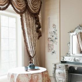 шторы в гостиной идеи виды
