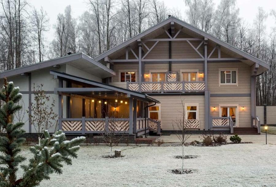 Дизайн скандинавского дома с открытым балконом