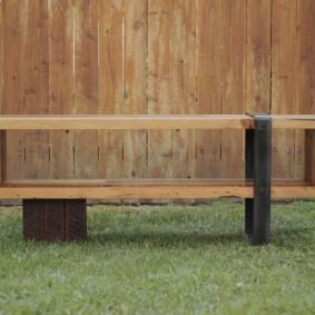 современная садовая скамейка идеи декора