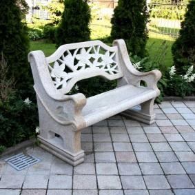 современная садовая скамейка идеи варианты