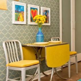 стол книжка в гостиной идеи дизайна
