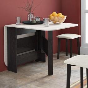 стол трансформер для гостиной фото интерьера