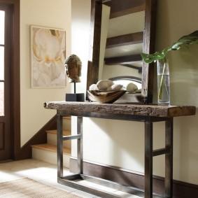 столик в прихожую интерьер
