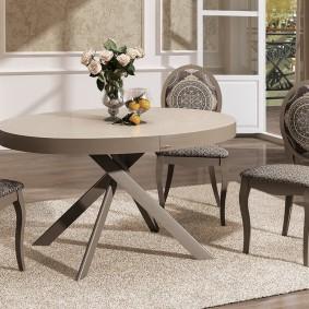 столы и стулья для гостиной декор фото