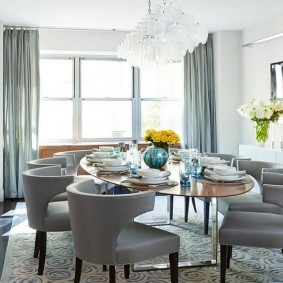 столы и стулья для гостиной фото оформление