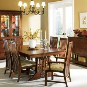 столы и стулья для гостиной варианты
