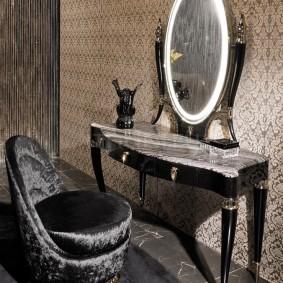 трюмо с зеркалом в прихожей декор