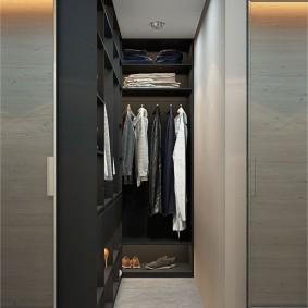 узкая длинная гардеробная дизайн фото