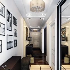 Декор старыми фотографиями стены в коридоре