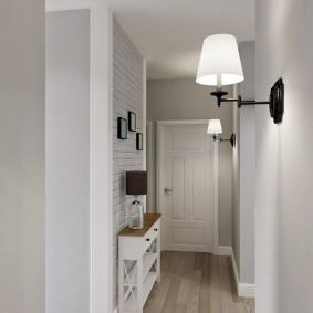Настенный светильник с белым плафоном