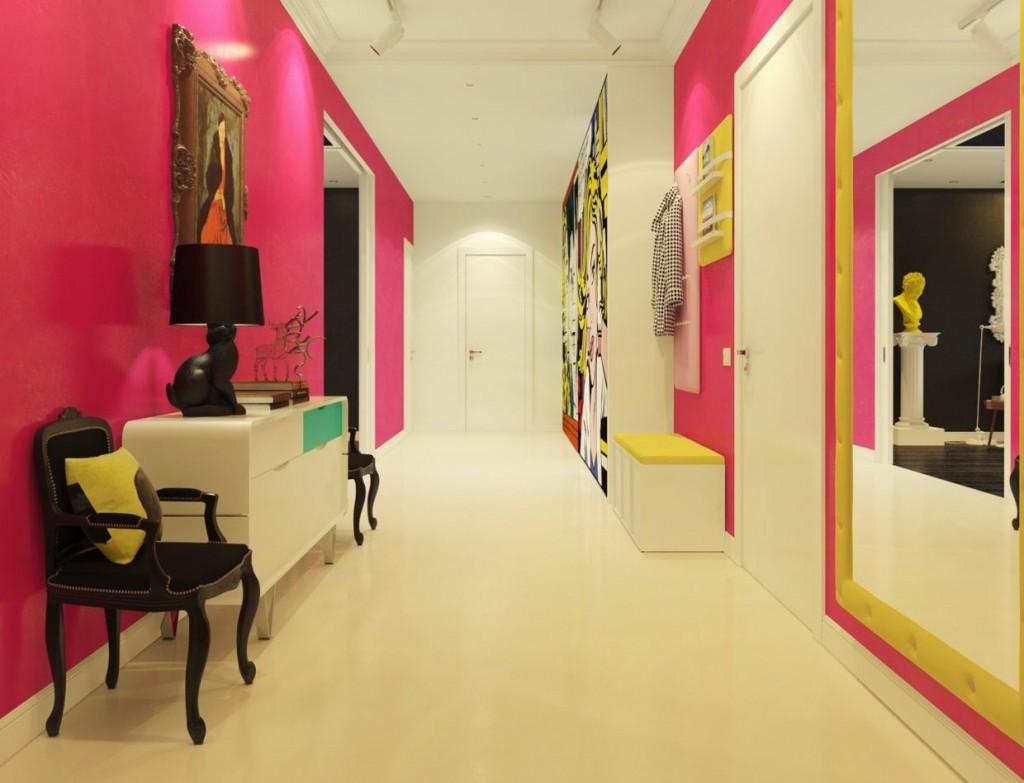 Розовые стены в прихожей стиля поп-арт