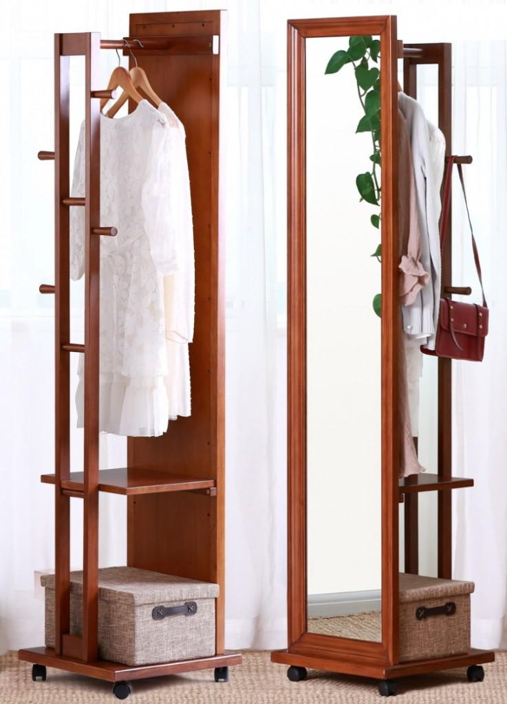 Напольное зеркало с вешалкой для малогабаритной прихожей