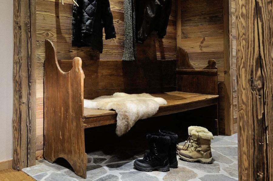 Винтажная банкетка из деревянных досок